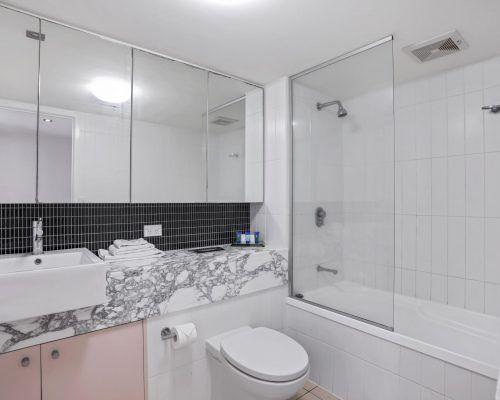 apartment-2076-tweed-ultima-1